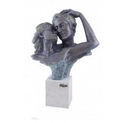 """Escultura """"Complicidad"""" en Snoby"""